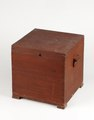 Hemgjord nattstol (potta) i form av låda i rödmålad furu från 1800-talet - Skoklosters slott - 95291.tif