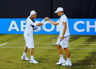Lleyton Hewitt - Hewitt with Roddick