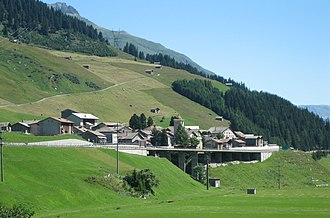 Hinterrhein, Switzerland - Image: Hinterrhein Dorf
