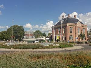 Hoofddorp - Image: Hoofddorp., het Polderhuis (RM510067) in straatzicht foto 3 20115 08 28 16.33
