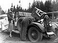 II Miedzynarodowy Wyscig Tatrzanski w Zakopanem - Maria Koźmianowa przy samochodzie Austro Daimler - NAC 3 1 0 5 1665 6 1 119331.jpg