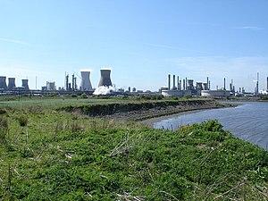 English: INEOS (Grangemouth) Oil Refinery This...