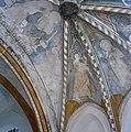 Interieur koor, gewelfschilderingen, detail sluitsteen - Limbricht - 20337770 - RCE.jpg
