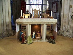 Interior, St John the Baptist Church - geograp...