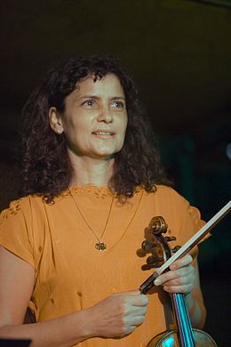 IvaBittova September2007 (balanced).jpg