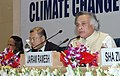 Jairam Ramesh addressing the media after conclusion of Delhi High Level Conference on Climate change Technology Development and Transfer, in New Delhi on October 23, 2009.jpg