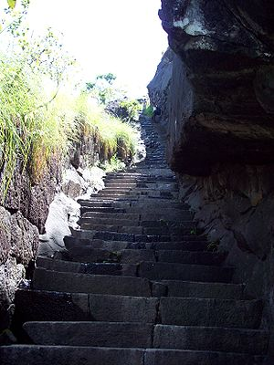 Jamalabad - Narrow steps leading to the fort