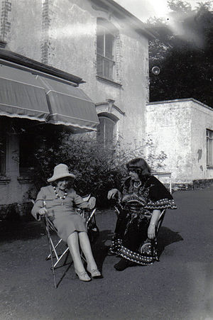 Jean Rhys - Jean Rhys and Mollie Stoner in the 1970s