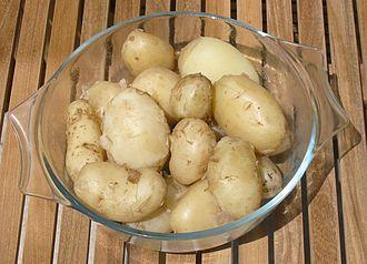 Jersey Royal - Image: Jersey Royal potatoes boiled