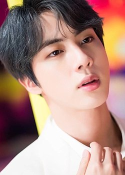 "Jin for Dispatch ""Boy With Luv"" MV behind the scene shooting, 15 March 2019 01 (cropped).jpg"