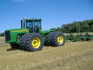 English: A picture of our John Deere 9420 trac...