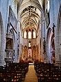 Joigny St. Thibault Innen Langhaus Ost 2.jpg