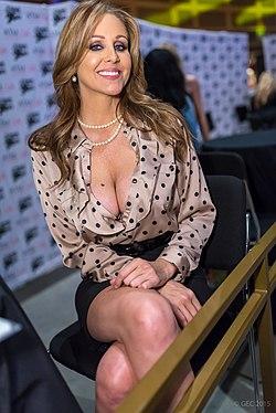 Top five propio de actrices porno más lindas favoritas {apto
