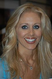 Julia Ann at 2005 AEE Friday 3.jpg