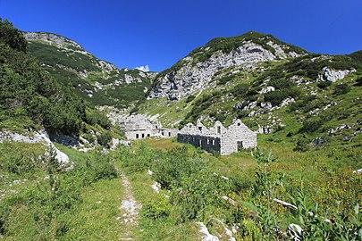 Julian Alps Ruins 2013-08-17.jpg