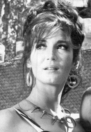 Julie Payne 1966 (cropped).jpg