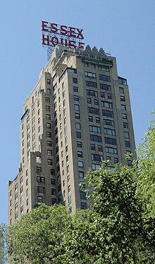 L'Essex House di New York, l'hotel dove Stravinskij visse fino alla morte.