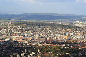 Käferberg - Zürich-Altstetten and Höngg and Käferberg-Waidberg, as seen from Uetliberg, Rümlang (to the left) and Kloten airport in the background