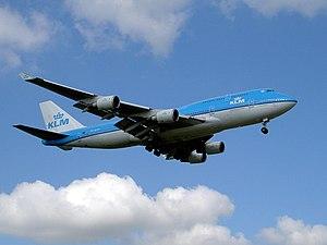 KLM Boeing 747-400 PH-BFO 2004.jpg