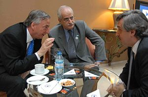 Alberto Fernández - Fernández (right) with President Néstor Kirchner and Foreign Minister Jorge Taiana in 2007.