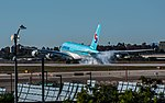 Korean Air Airbus A380 (HL7612) at LAX (22922361542).jpg