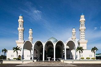 Kota Kinabalu District - Image: Kota Kinabalu Sabah City Mosque 07