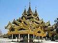 Kyauk Taw Kyi Temple (29216941918).jpg