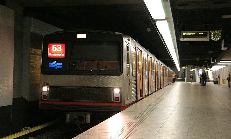 Transporte público na Holanda