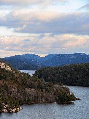 La Cloche Mountains - Image: La Cloche Mtns