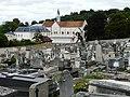 La chapelle de ND du Granchamp vue du cimetière St Louis - panoramio.jpg