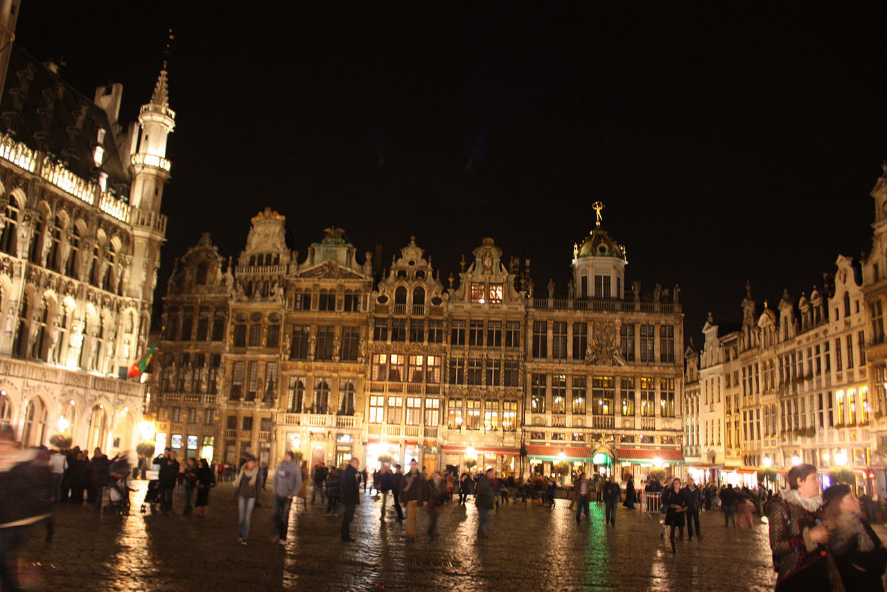 Find a group in Brussels