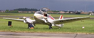 Let Aero Ae-145 Super Aero vl.jpg