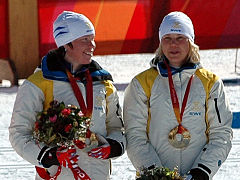Lina Andersson (l.) und Anna Olsson bei Olympia 2006