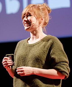 Linda Liukas at the Data of Tomorrow Conference 2017 (23496747288) (cropped).jpg