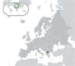 Location of Macedonia (green), with Europe (green + dark grey)