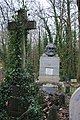 London , Highgate Cemetery - panoramio - cisko66 (2).jpg