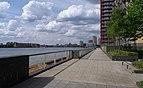 London MMB «M0 River Thames.jpg