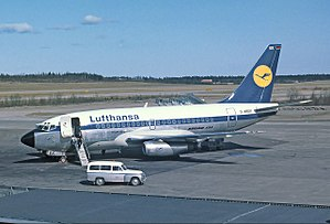 Boeing 737 - An early-production Boeing 737-100 of Lufthansa, the type's launch customer, at Stockholm Arlanda Airport, 1968