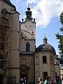 Lviv, kostel Nanebevzetí PM, věž.jpg