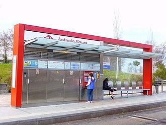 Antonio Saura (Madrid Metro) - Image: Madrid Estación de Antonio Saura 2