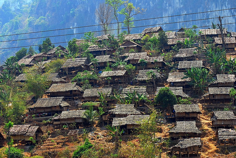 Mae La refugee camp2