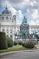 Maria-Theresien Denkmal.jpg