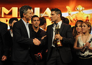Sergio Martínez (boxer) - Martínez shaking hands with Mauricio Macri, when he was awarded the Olimpia de Oro for 2012.
