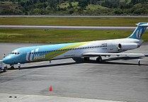 McDonnell Douglas MD-82 (HK-4374X).jpg