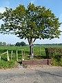 Mechelen-Wegkruis ter hoogte van Hurpescherweg 4.JPG