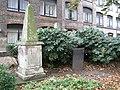 Memorials, St James's Gardens - geograph.org.uk - 1548038.jpg