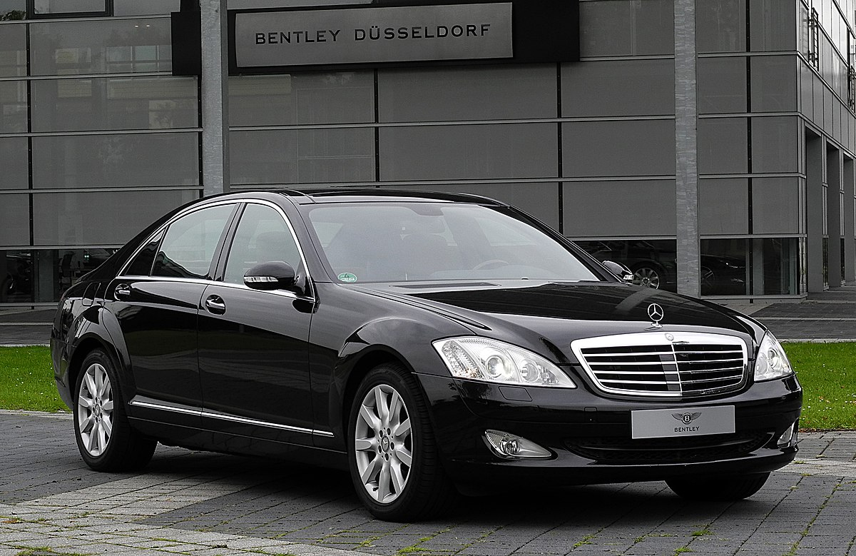 Mercedes benz s class w221 wikipedia for Mercedes benz s series
