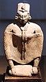 Messico, maya, statua-zufolo, periodo classico recente, VII-X sec., da isola jaina 03.JPG