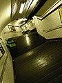 Metro Paris ligne 11 - Telegraphe - Escaliers.jpg