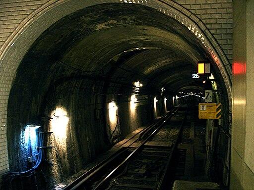 Metro de Paris - Ligne 3 bis - Gambetta 12